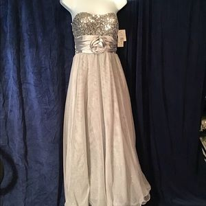 Silver/grey prom/formal dress, NWT, sequin, tulle